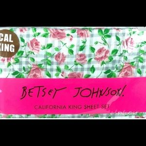 Betsey Johnson California King 4 Piece set